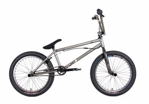 BMX cyklar